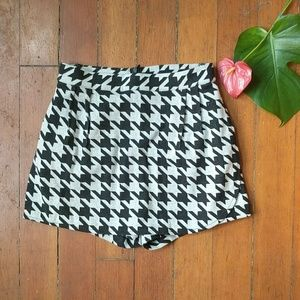 Zara shorts skirt (skort?) Altered to fit USA 2/4